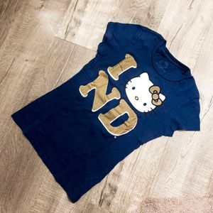 Hello Kitty - Notre Dame Tee